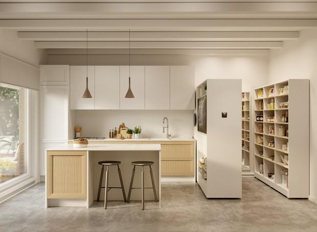 O Pocket Closet vira dispensa de cozinha (Foto: Ori Living/ Reprodução)