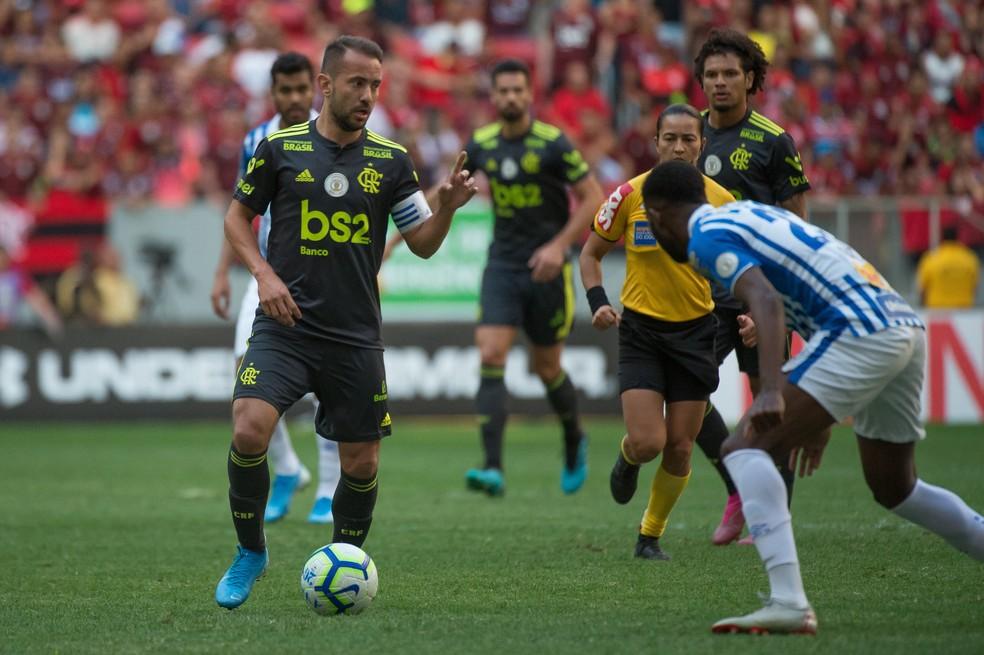 Éverton Ribeiro Avaí x Flamengo — Foto: Alexandre Vidal/Flamengo