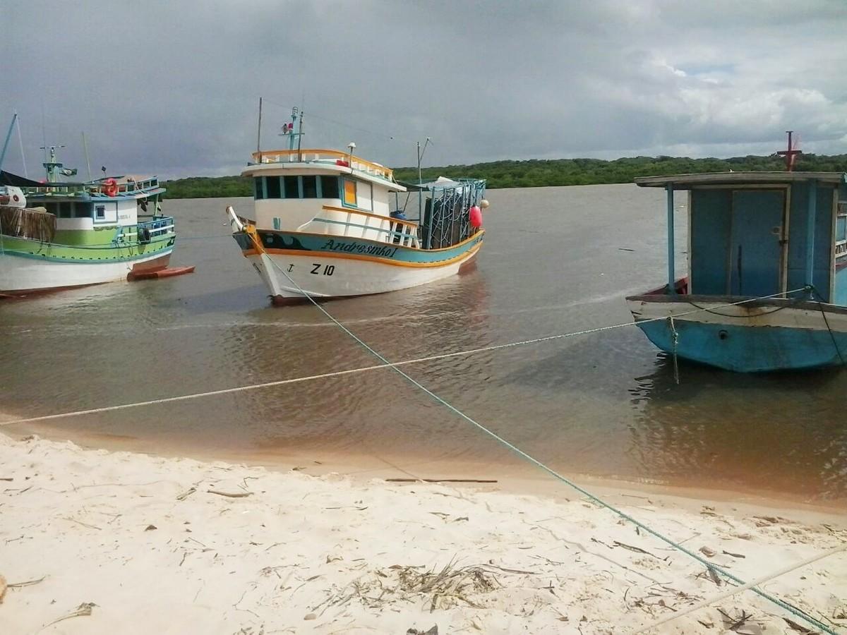 Pitimbu cobra R$ 200 de transportes turísticos para acessar praias