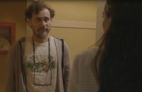 Na quinta (20), Durval (Enrique Diaz) descobrirá que Danilo é adotado  Reprodução