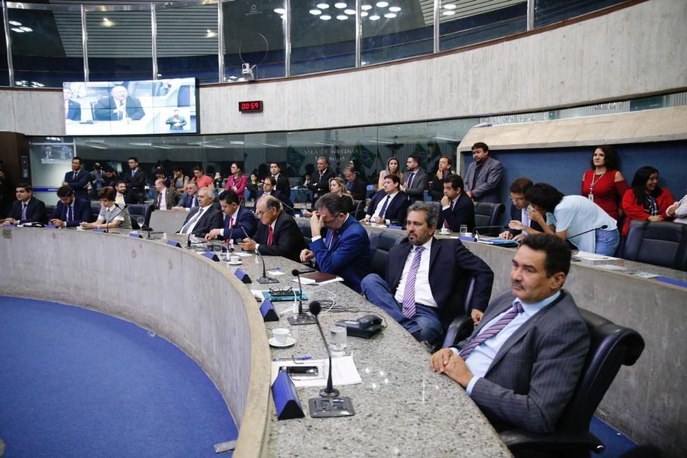 PEC chegou à Assembleia na última sexta-feira (28) e é votada nesta terça-feira (3) — Foto: Thiago Gadelha/SVM