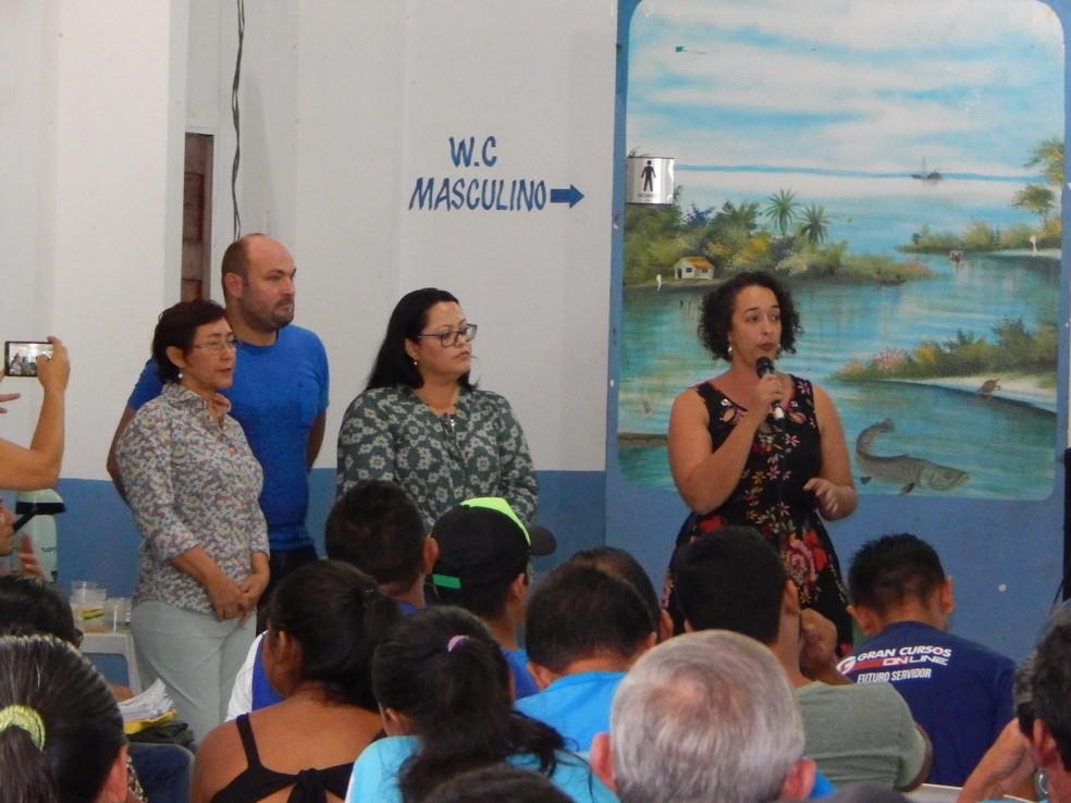 -  Professores da Ufopa na apresentação de estudo técnico sobre o EIA da área pretendida para construção de porto no Maicá  Foto: Sâmela Bonfim/Arquivo