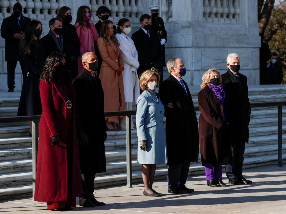 Da esquerda para a direita: Michelle e Barack Obama, Laura e George W. Bush e Hillary e Bill Clinton durante a posse de Joe Biden — Foto: Tom Brenner/Reuters