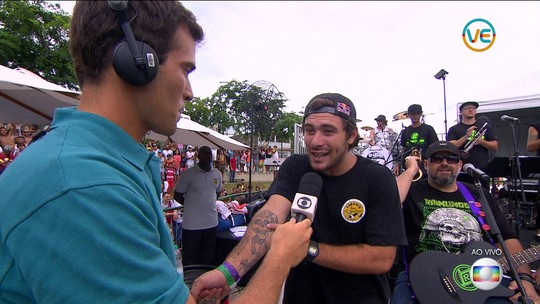 Multicampeão aos 21, Pedro Barros relembra início no skate com um ano