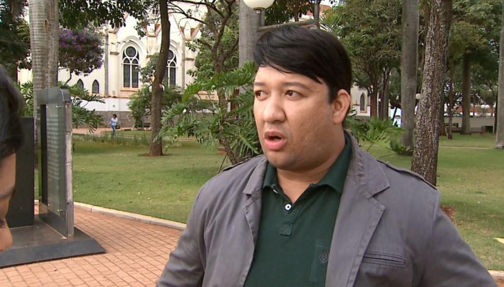 O assessor parlamentar Michael Richard de Jesus Pedro, agredido durante confusão na Câmara de Sertãozinho, SP (Foto: Reprodução/EPTV)