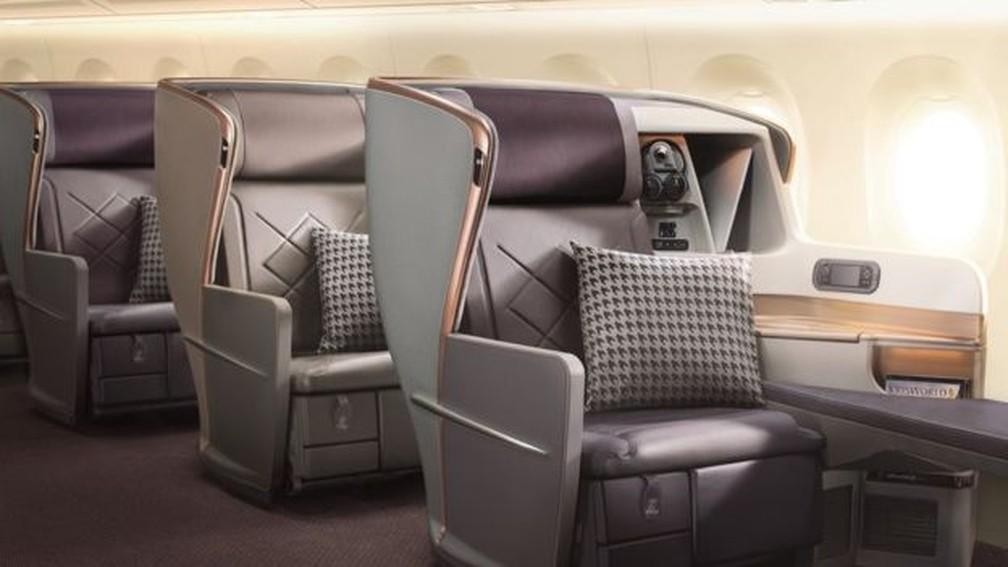 Assentos na classe executiva da Singapore Airlines - o voo não oferece opção de classe econômica — Foto: SIA