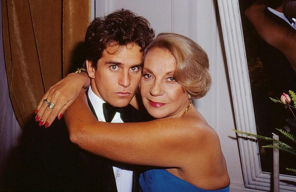 Márcia Real e Marcos Frota em 'Mico Preto', de 1990 — Foto: Acervo TV Globo
