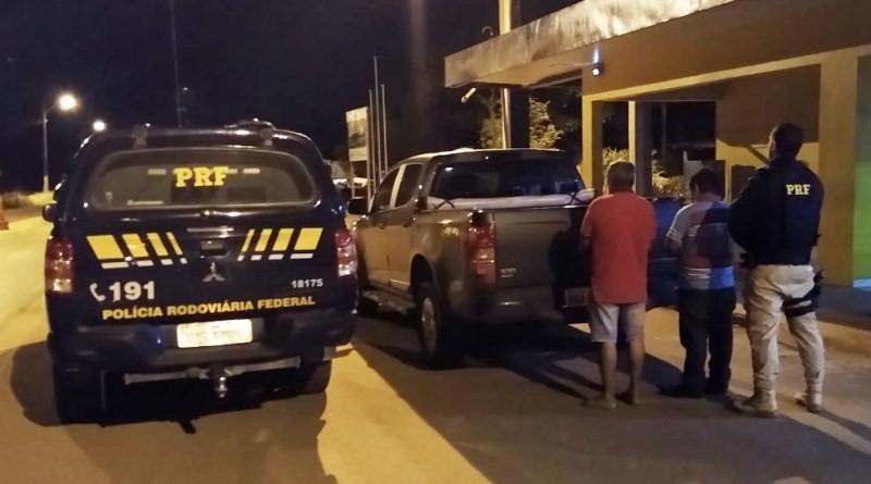 Moradores de Goiás são presos em Rondônia com caminhonete clonada