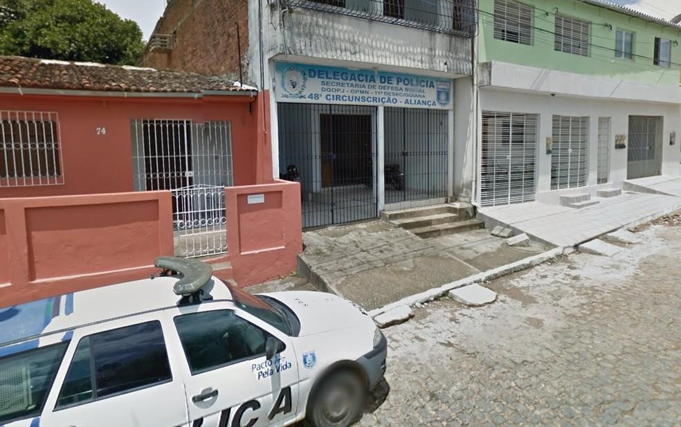 Delegada de Aliança, Maria de Lourdes Andrade, está à frente do caso — Foto: Reprodução/Google Street View