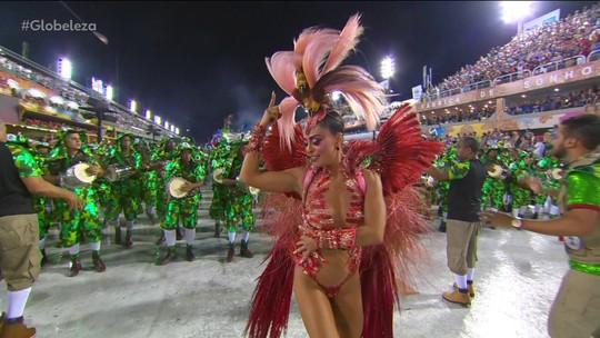 Grande Rio canta sobre falta de educação e pede conscientização de forma descontraída em desfile