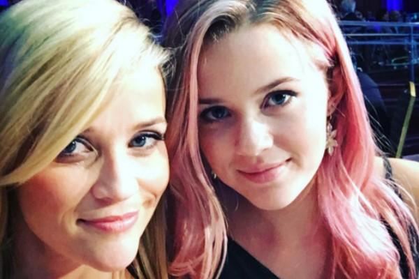 Reese Whiterspoon ao lado de sua filha, Ava Phillippe, de 16 anos (Foto: Instagram)