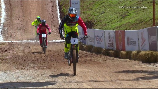 Gabriel Giovannini fatura o bi e Júlia Alves é tetra na Copa América de Downhill