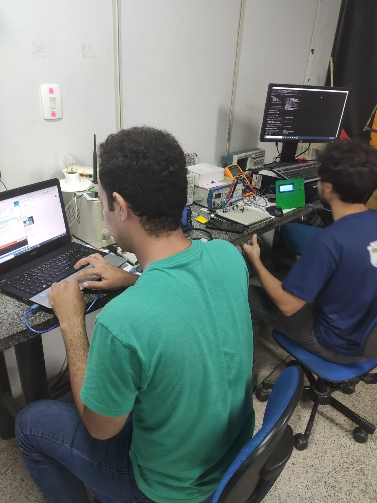 Equipe de pesquisadores do Piauí desenvolve técnica para uso de ventiladores mecânicos em até quatro pacientes