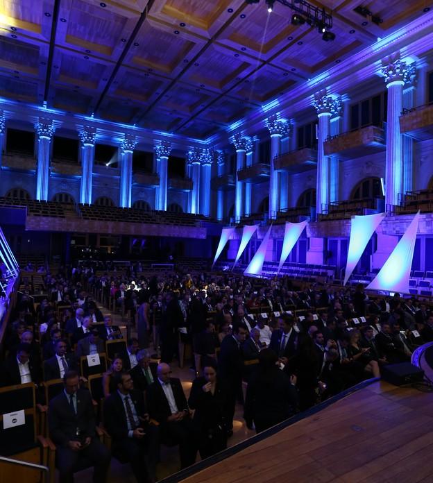 O Prêmio Época NEGÓCIOS 360° reconhece as empresas afinadas com a agenda do século 21 e que constroem uma nova narrativa para os negócios. Para as vencedoras, que fazem parte de um anuário especial, a dimensão financeira é apenas uma consequência do suces