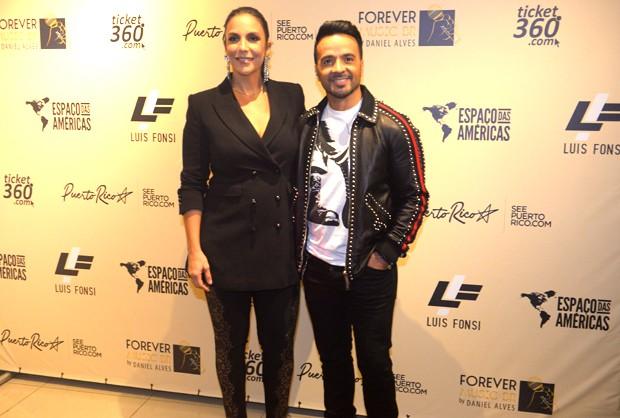 Ivete Sangalo e Luis Fonsi (Foto: Francisco Cepeda/AgNews)