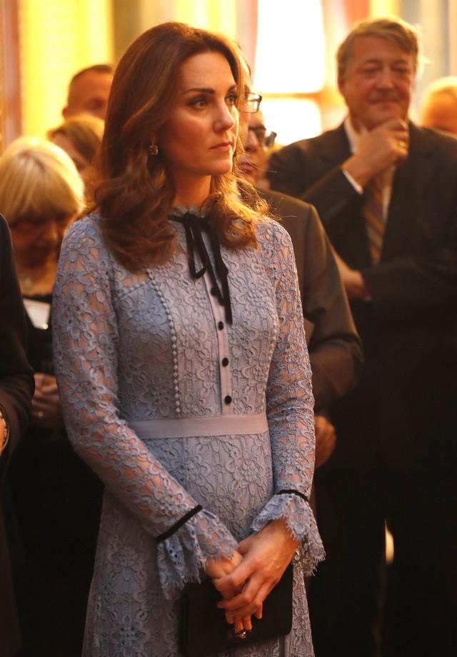 Kate Middleton faz sua primeira aparição pública após revelar a gravidez (Foto: Getty)