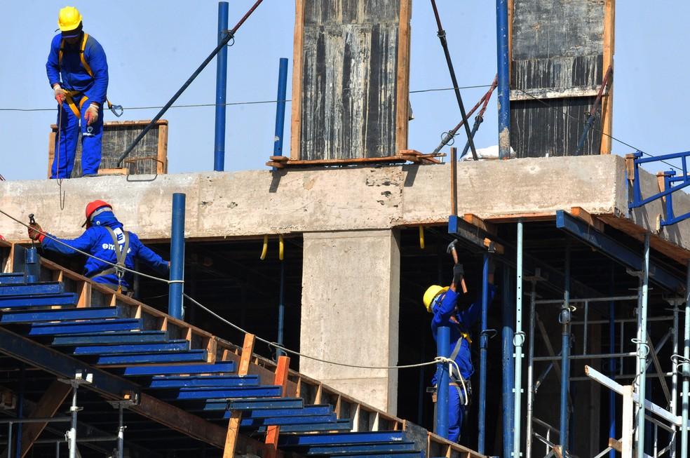 Construção civil ainda não se recuperou da crise e segura crescimento da economia (Foto: Tony Winston/Agência Brasília)