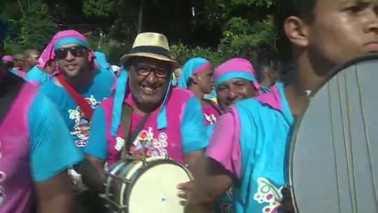 Bloco das Carmelitas desfila no Centro do Rio