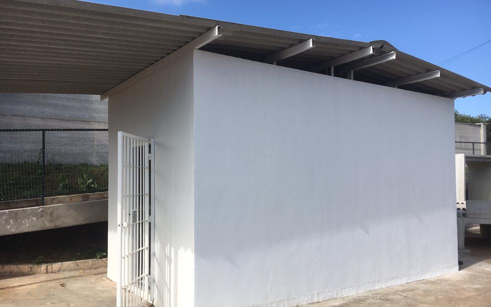 Modelo de cela pré-moldada apresentado pela Diretoria-Geral de Administração Penitenciária de Goiás para reduzir déficit de vagas (Foto: Sílvio Túlio/G1)