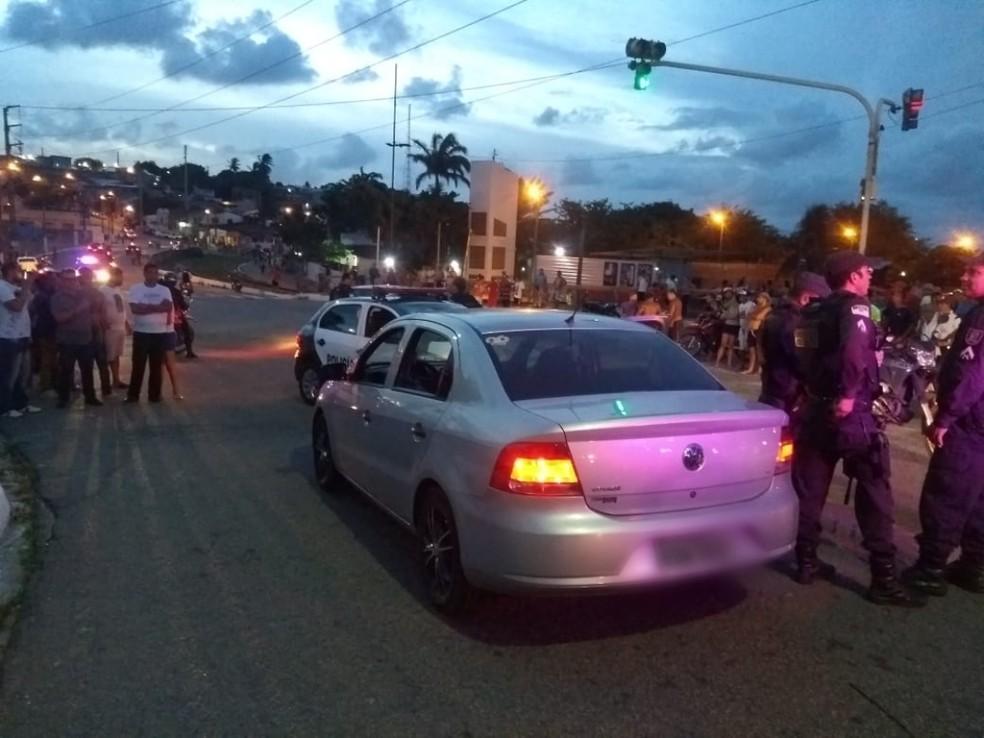 Homem foi morto dentro de carro que chamou por um aplicativo de transporte em Natal — Foto: Acson Freitas/Inter TV Cabugi