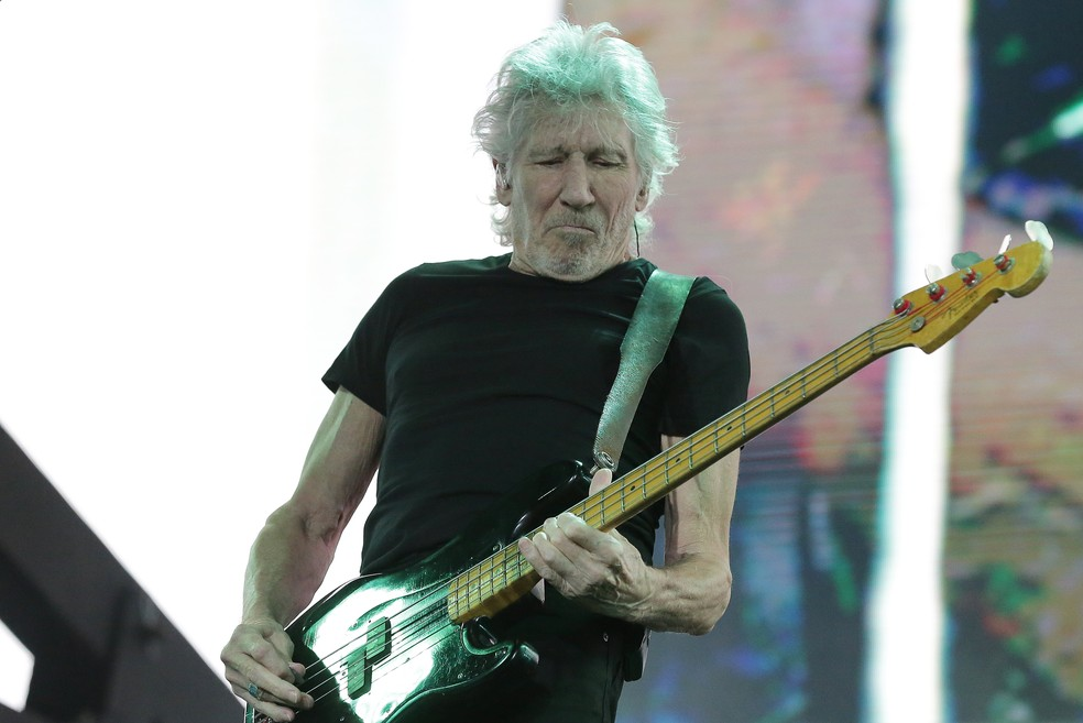 Roger Waters durante show da turnê pelo no Brasil — Foto: Giuliano Gomes/PR Press