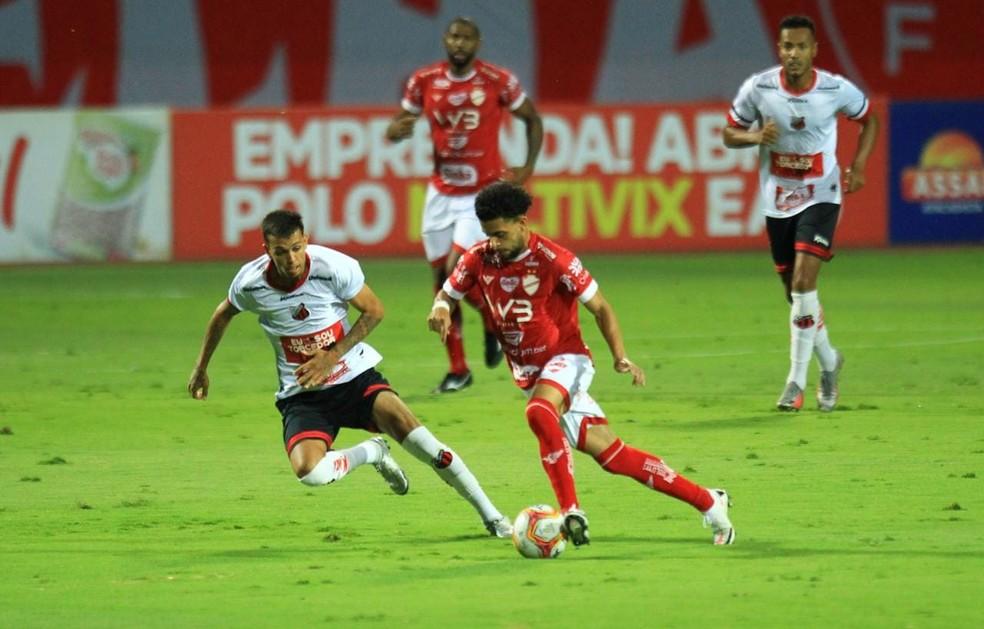 Ituano e Vila nova disputam uma vaga na Série B 2021 — Foto: Douglas Schinatto/O Popular