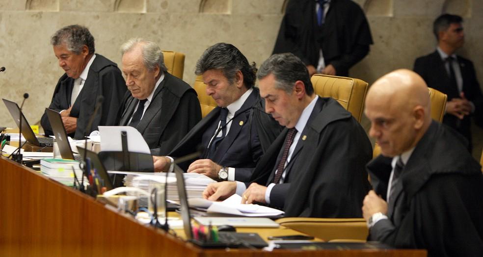 Os ministros Marco Aurélio, Ricardo Lewandowski, Luiz Fux, Luís Roberto Barroso e Alexandre de Moraes durante sessão do STF na tarde desta quinta-feira (14) — Foto: Nelson Jr./SCO/STF