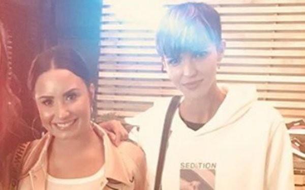 A cantora Demi Lovato e a atriz e modelo Ruby Rose (Foto: Instagram)