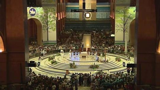 Milhares de fiéis já estão em Aparecida, no interior de São Paulo