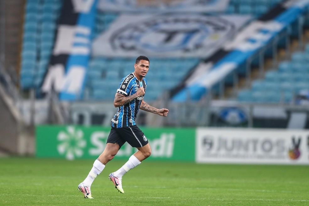 Luciano comemora gol pelo Grêmio — Foto: Lucas Uebel/Grêmio