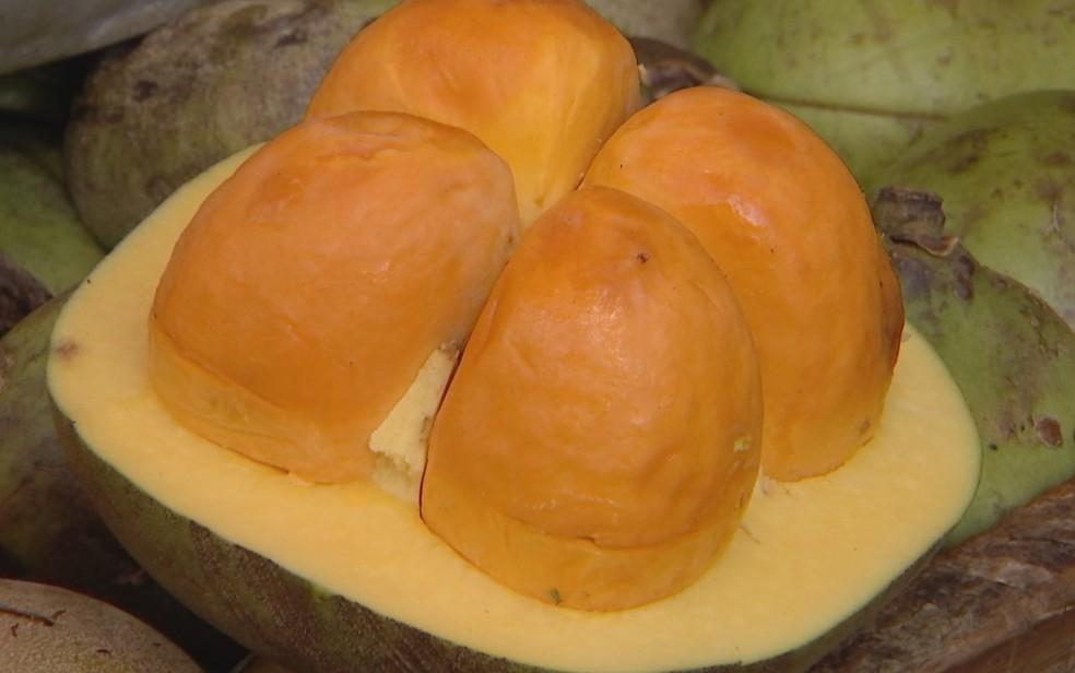Fruto do pequi — Foto: Reprodução/TV Anhanguera