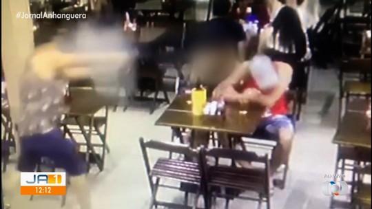Preso suspeito de matar homem a tiros em bar de Valparaiso de Goiás; vídeo mostra crime