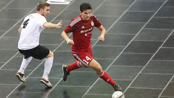 Douglas Júnior Kairat Almaty futsal (Foto: Divulgação)