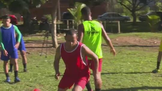 De volta ao futebol após quase dois anos, Testinha fala em adaptação aos gramados