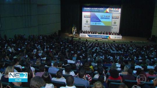 Pernambuco lança programa para melhorar alfabetização de crianças