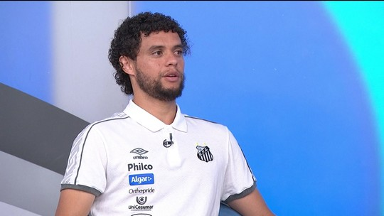 """Victor Ferraz confirma proposta do São Paulo, mas avisa: """"Eu sou muito identificado com o Santos"""""""