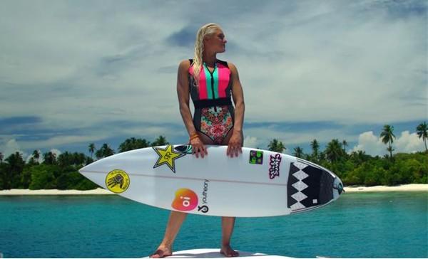 A surfista Tati Weston-Webb (Foto: Divulgação)