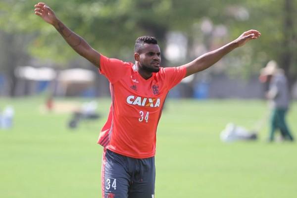 Zagueiro do Fla e atacante ex-N�utico devem ser anunciados pelo Paysandu