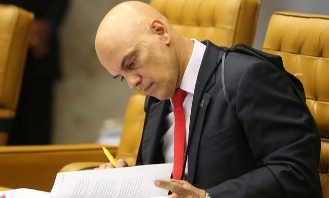 O Ministro Alexandre de Moraes durante a sessão do STF