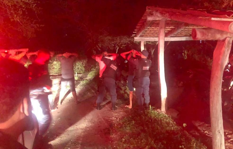 Autoridades policiais e sanitárias encerram festas após denúncias no Ceará. — Foto: PMCE/Reprodução