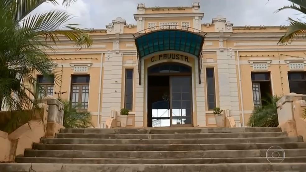 Em Pederneiras, uma estação ferroviária foi preservada para contar a história e a importância desse meio de transporte (Foto: TV TEM/Reprodução)