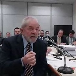 O ex-presidente Lula prestou, pela segunda vez, depoimento ao juiz Sério Moro, nesta quarta-feira, 13/09/2017 (Foto: Reprodução) | O ex-presidente Lula prestou, pela segunda vez, depoimento ao juiz Sério Moro, nesta quarta-feira, 13/09/2017 (Foto: Reprodução)