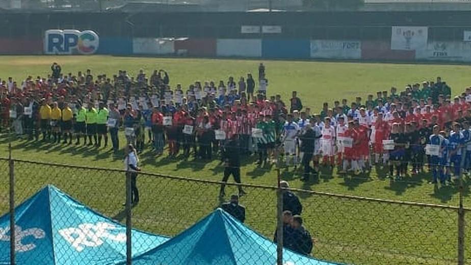 Histórias de solidariedade e força marcam o primeiro dia de jogos da Taça das Favelas Paraná 2019