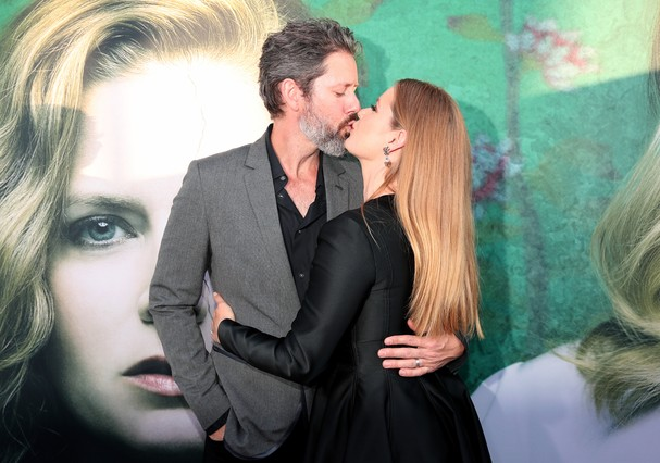 Amy Adams e o marido (Foto: Getty Images)