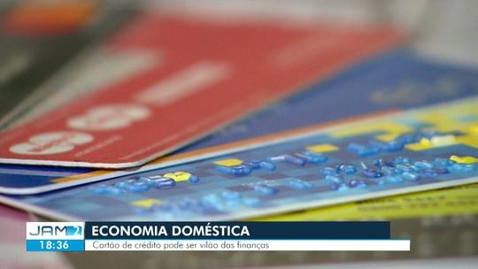 Cartão de crédito pode ser 'vilão' nas finanças