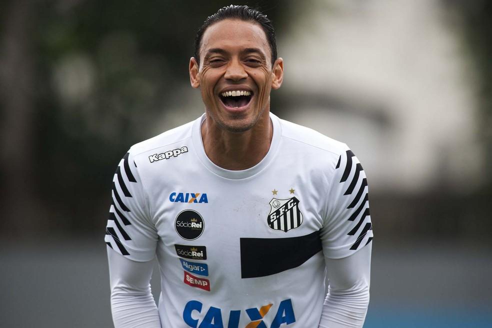 Ricardo Oliveira pode ser o substituto de Fred no Galo (Foto: Ivan Storti / Divulgação Santos FC)