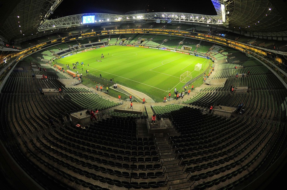 ... Palmeiras x Alianza Lima - Arena Palmeiras — Foto  Marcos Ribolli c0372d42bfc1b