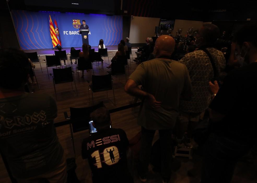 Messi se despede do Barcelona — Foto: REUTERS