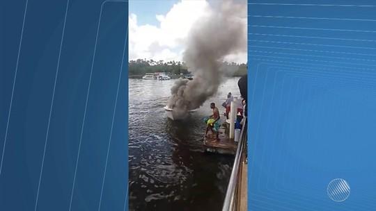 Lancha afunda após pegar fogo na Baía de Camamu, no sul da Bahia