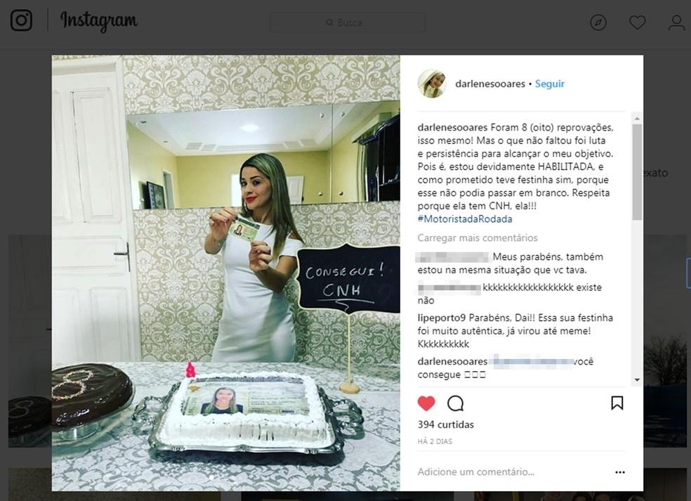 Darlene Soares foi reprovada 8 vezes na baliza de carro e fez uma festa pra comemorar aprovação (Foto: Reprodução/Instagram )
